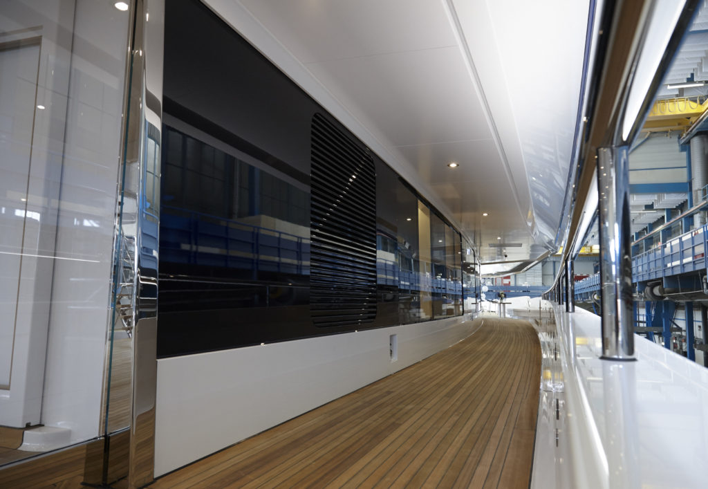 feadship_joy_launched_03