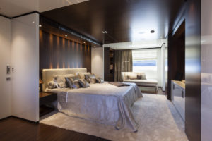 B 46mFast_Owners'cabin (1)