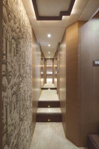 MCY80_Corridor_01